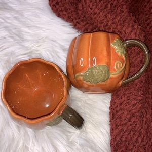 Starbucks set of 2 2009 Pumpkin Mug Cup Fall Spice